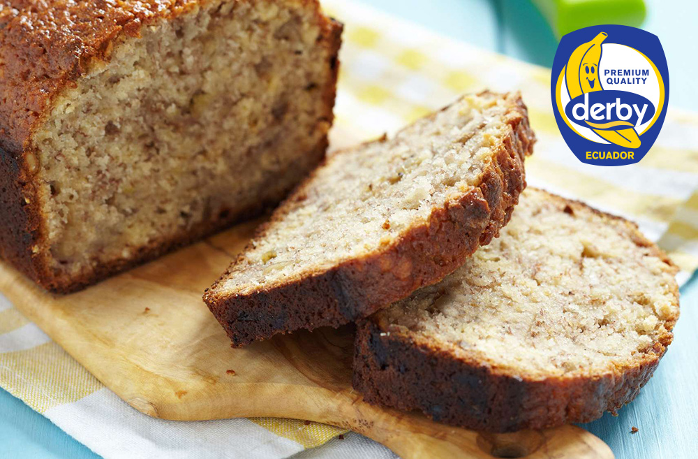 Bread with honey and bananas