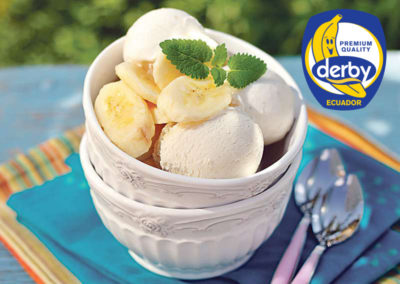 Ice cream with lime and bananas